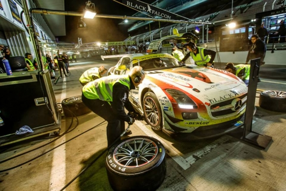 Podium for SLS AMG GT3 at the 24h of Dubai